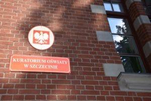 Kurator Oświaty o szkole w Jesionowie
