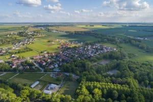 Read more about the article Rząd ścina unijne wsparcie dla obszarów poPGR w regionie