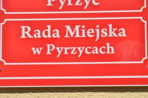 Read more about the article Gdzie jest kandydatka popierana przez PiS?